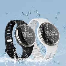 E07 Bluetooth 4.0 Smart Health Watch IP67 Waterproof Sports Bracelet Wristband For Android/IOS