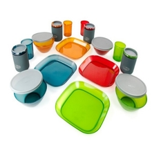 GSI Infinity 4 Person Deluxe Tableset (Multicolour)